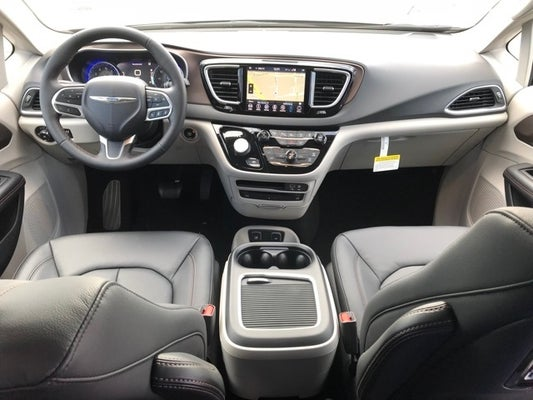 Shop The 2019 Chrysler Pacifica Touring L Plus In Gaithersburg Md